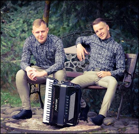Akordeonu duetas